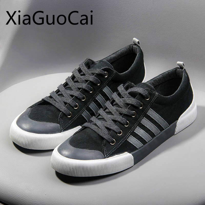 High Quality Mens Casual Shoes 2019 Spring And Autumn Mens Flat Casual Sneakers Breathable Canvas Shoes For Mens
