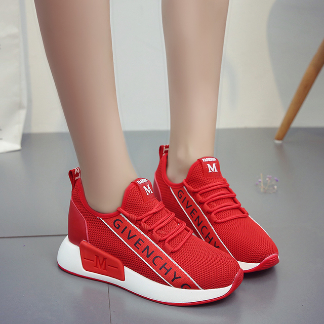 New Women Vulcanized Shoes Fashion Round Head Lace Up Low Help Sneakers Woman Breathable Mesh Running Shoes Ladies Casual Shoes