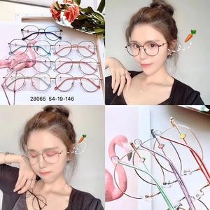 Image 2 - BCLEAR New Arrival Beautiful Women Eyeglasses Frame Female Retro Optical Spectacle Frames Lovely Carrot Fashion Eyewear 2019 Hot