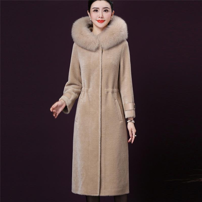 High-quality Fashion Plus Size Coat 2020 Winter New Warm Fox Fur Collar Long Fur Sheep Shearling Parka Women Outerwear W323