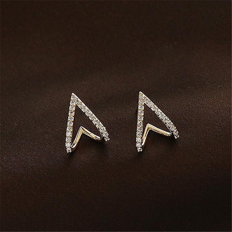 2020 Korean New Exquisite Simple Geometry Earrings Fashion Temperament Hollow Love Small Earrings Elegant Jewelry