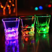 цена на LED Flashing Color Change Water Activated Beer Whisky Cup Mug Party Bar Supplies