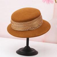 H724 Autumn Winter Fashion Wool Felt Hat Women British Retro Elegant Basin Cap Lady Diamond Decoration Fashion Warm Church Caps