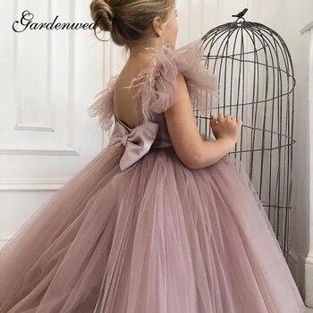Cute Blush Pink Flower Girl Dresses Feathers Ruffle Sleeves Mini Girls Wedding Party Dress O-Neck Big Bow Tulle Communion Dress girls bow print ruffle hem dress
