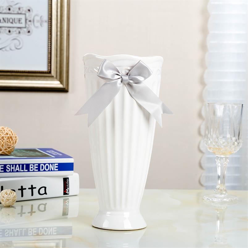 Modern Fashion White Ceramic Flower Vase Home Decoration Tabletop Vase Europe Style white Ceramic Vase Wedding Deco Cramic Vase
