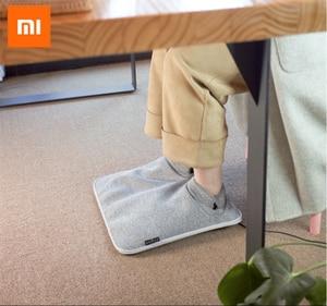 Image 2 - 원래 샤오미 Youpin 전기 발 따뜻하게 난방 패드 일정한 따뜻한 접이식 쿠션 겨울 난방 피트 신발 전기 담요