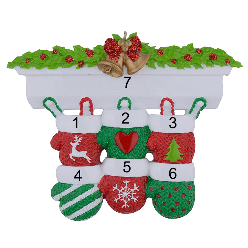 Mantel Gloves Family of 4 Polyresin Christmas Personalized Ornaments For Gifts Home Decoration Family of 2 3 5 6 7 8 9 10 11 12 in Pendant Drop Ornaments from Home Garden