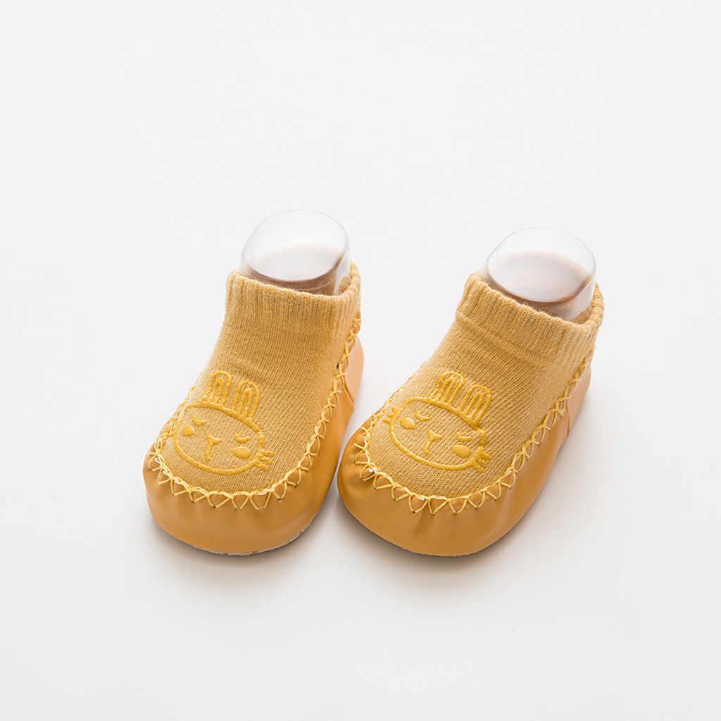 Calcetines de bebé recién nacido niños bebés niños antideslizantes dibujos animados calientes calcetines de suelo zapatos antideslizantes suela suave calcetín niño pequeño primer paseo