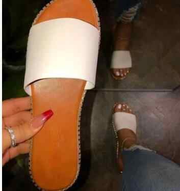 Nieuwe Vrouwen Lente Pluche Slippers 2020 Ms Platte Bodem Antislip Indoor Rondom Comfortabele Sandalen Outdoor Leisure Vrouwen