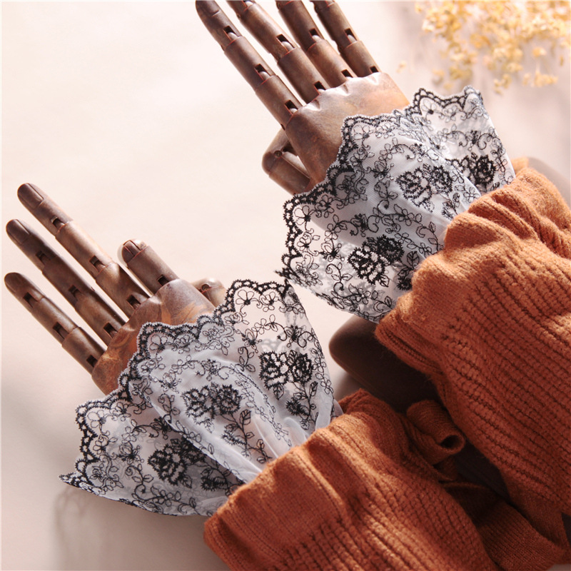 2020 New Autumn And Winter Lace Embroidery Lace Sweater With Female Retro Decorative Fake Cuffs