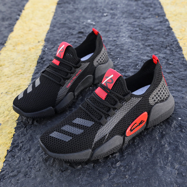 Men's Lightweight Running Shoes Summer Ultra-light Breathable Sneakers Zapatos De Mujer Walking Shoes Boys Sneakers Size 39-44 2
