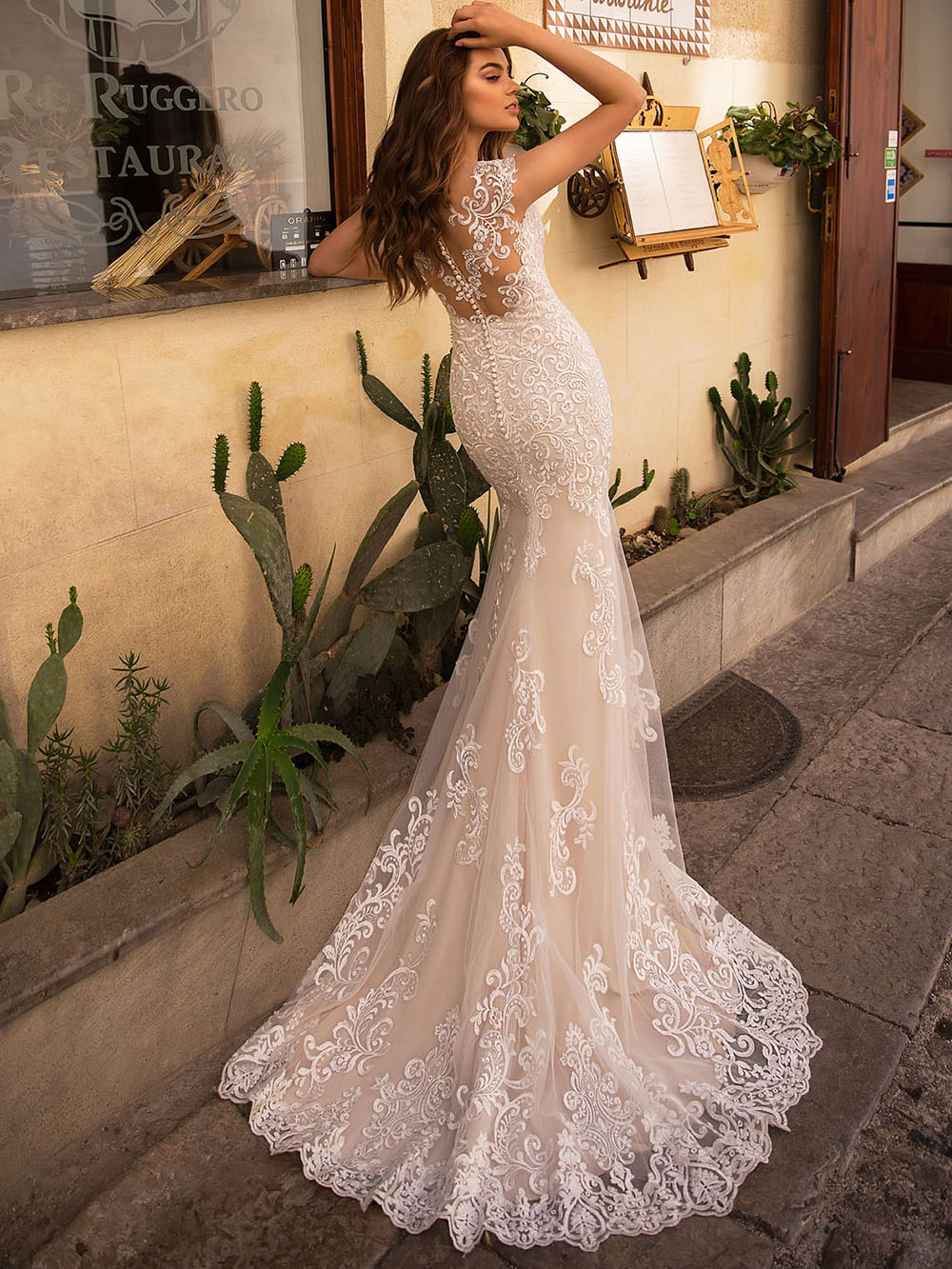 20 New O Neck Cap Sleeve Illusion Button Sexy Mermaid Wedding Dresses  Appliqued Detachable Skirt Floor Length Bridal Gowns