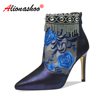Women Embroidery Flowers High Heel Ankle Boots 2020 New Spring Ethnic Shoes Women Stiletto Boots For Women Pointed Toe Size 40