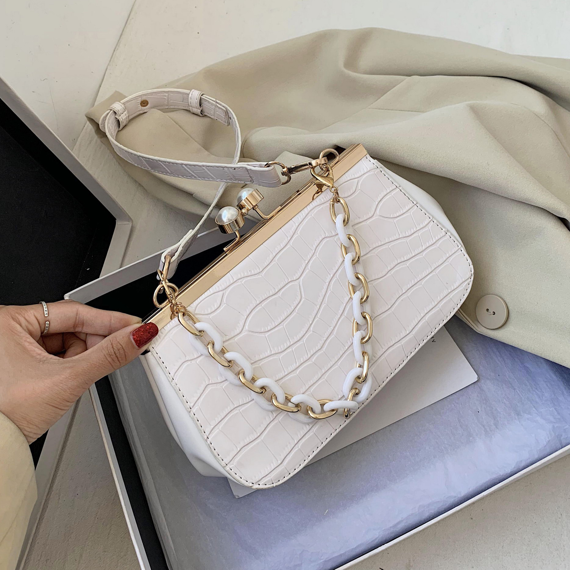 Clip Switch Bag Stone Pattern PU Leather Crossbody Bags For Women 2020 Summer New Small Solid Color Shoulder Handbags