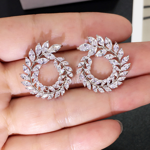 XIYANIKE 10 Colors Rhinestone Statement Earrings 2019 Geometric Big Round Stud Earrings For Women Crystal Luxury Wedding Gift