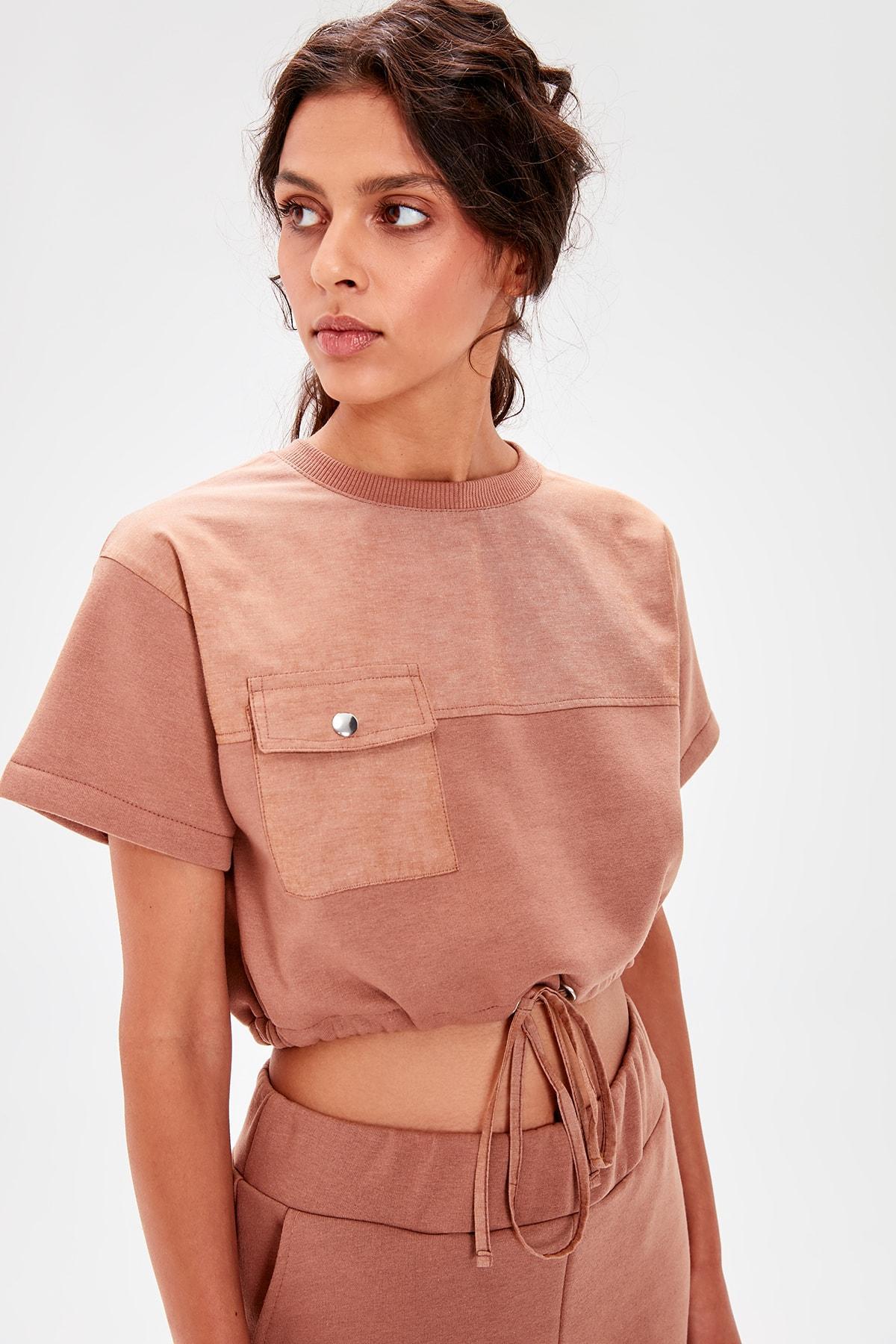 Trendyol Cinnamon Shir Detaylı Crop Knitted Sweatshirt TWOAW20SW0072