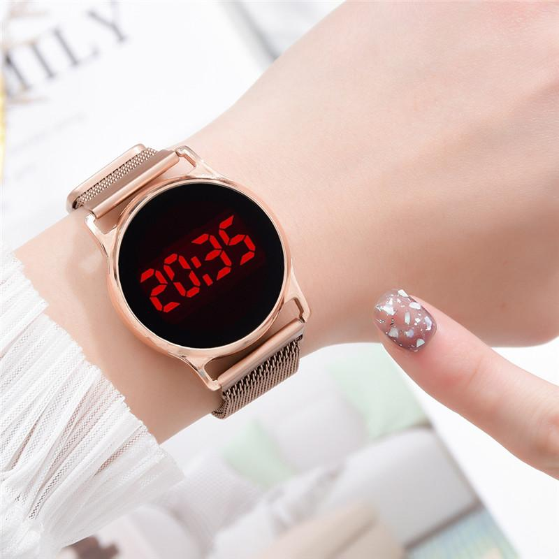 Fashion 2020 Magnetic Women Watches Rose Gold Stainless Steel Mesh Strap Ladies Electronic Wristwatches Minimalist Female Clock