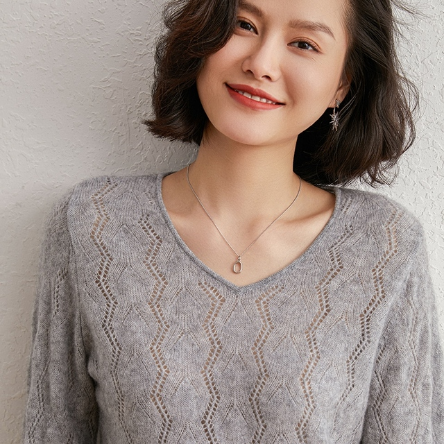 2020 New Fashion V-neck 100% Cashmere Sweater Bottoming Slim Sweater Women Sexy Sweater And Pullovers Long Sleeve Loose Tops 1