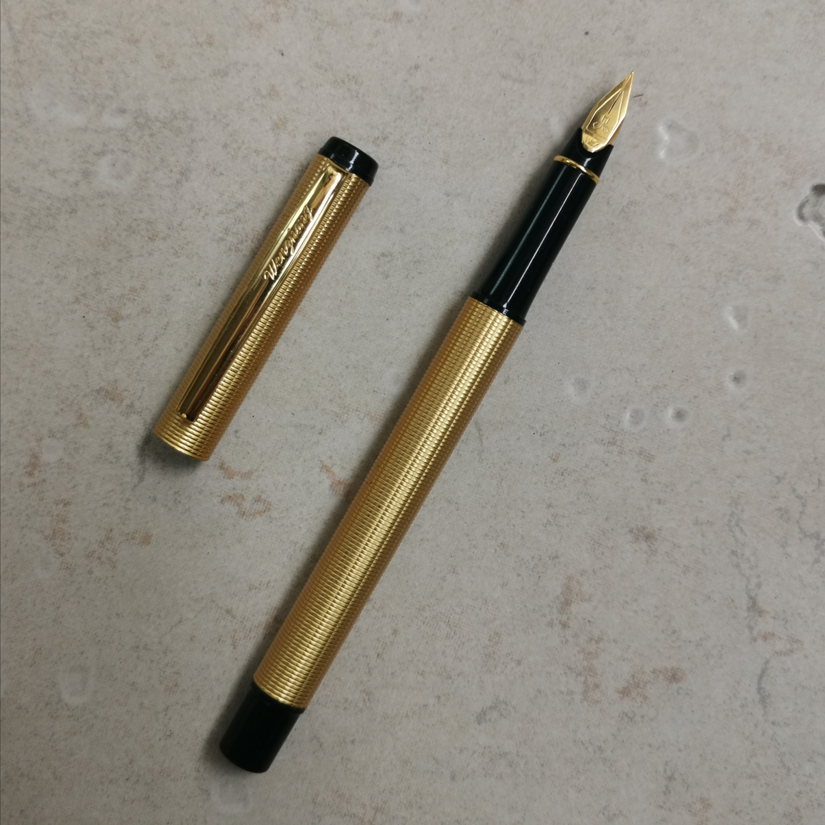 Old Stock WZ Fountain Pen Ink Pen Fine Nib 2007S Stock Gold Color Stationery Office School Supplies