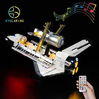 Kyglaring oświetlenie Led zestaw DIY zabawki dla 10283 NASA prom kosmiczny Discovery bloki budowlane tanie i dobre opinie 7-12y 12 + y CN (pochodzenie) Unisex Mały klocek do budowania (kompatybilny z Lego) Certyfikat WST21N020015R ky10283 BLOCKS