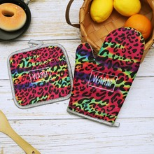 2PCS Cotton Linen Oven Mitt With Insulation Mat Leopard Microwave Oven Gloves Oven Mitts Set With Hanging Rope Anti-scalding pearland oilers personalized oven mitt