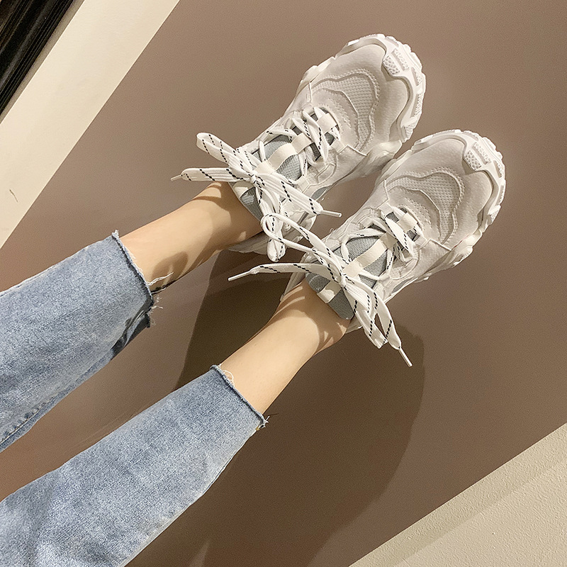 Sneakers Female 2019 Autumn New Comfortable Black Running Shoes Wild Flat White Sports Shoes Women Zapatos De Mujer ZQ-124