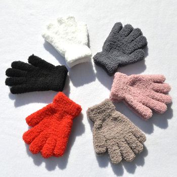 Warmom Kids Coral Fleece zagęścić zimowe rękawiczki utrzymać ciepłe dzieci dziecko pluszowe futrzane pełne mitenki miękkie rękawiczki dla 7-11 lat tanie i dobre opinie Akrylowe Plus Velvet Stałe Unisex TZ1403 Suit for 7-11 years baby Baby Boys Girls Solid Color Coral Fleece Keep Warm Gloves