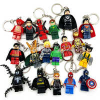 Super Heroes rysunek brelok Marvel DC Batman Iron Spider-Man Thor Deadpool Flash Robin Loki jad klocki zabawki Legoing