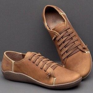 Image 4 - Nowe damskie obuwie klasyczne wysokiej jakości obuwie damskie antypoślizgowe odporne na zużycie duże rozmiary 43 płaskie buty damskie skórzane buty