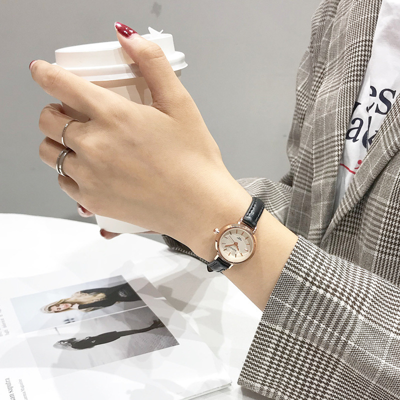 Vintage Women Watches Fashion Simple Small Ladies Wristwatches 2019 Elegant Qualities Female Quartz Watch Women Leather Clock