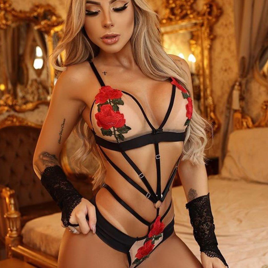 Женское нижнее белье, кружевное, с узором розы, с открытой спиной, с пряжкой, тонкая прозрачная летняя пикантная одежда, комплект одежды, оде...