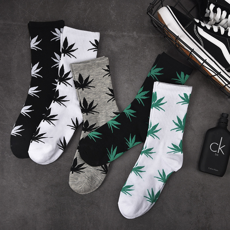 Spring And Autumn Casual Long Paragraph Hemp Weed Boat Socks Fashion Comfortable High Quality Cotton Socks  Leaf Maple Leaves