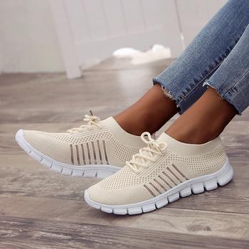 2020 damskie sneakersy damskie nowe wulkanizowane damskie wiązane płaskie buty damskie siatkowe oddychające buty do biegania obuwie damskie tanie i dobre opinie LCXMND Mesh (air mesh) CN (pochodzenie) light Stałe Wiosna jesień Mieszkanie (≤1cm) Lace-up Pasuje prawda na wymiar weź swój normalny rozmiar