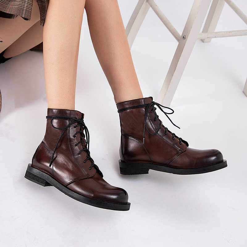 Kadın Hakiki deri yarım çizmeler Motosiklet dantel Çizmeler Kış Toka Deri Düz topuk kısa dantel ayakkabı Botları 2019