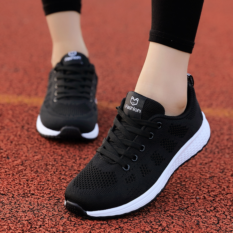 Light Weight Women Sneakers Mesh Breathable Black Hot Sale Anti Slip Female Trainers Shoes High Quality Outdoor Running Shoes