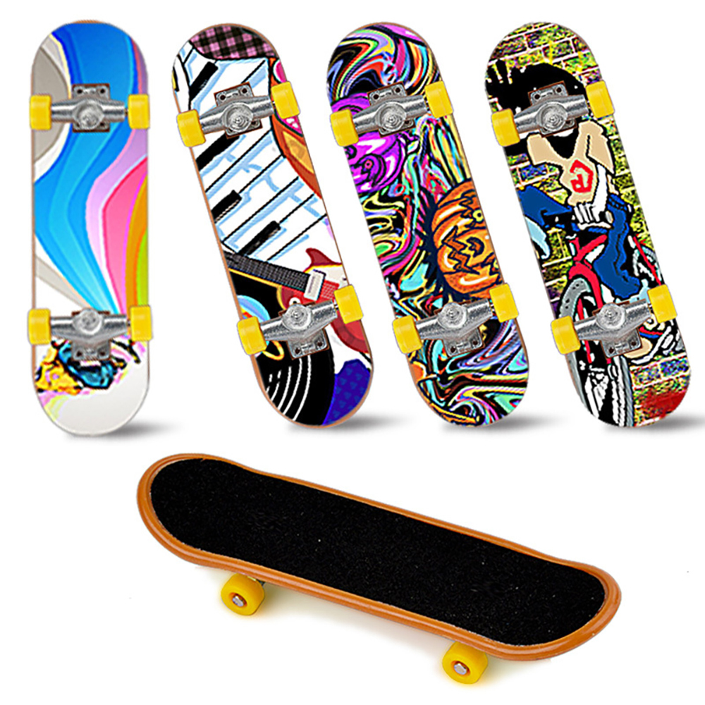 1pcs High Quality Cute Party Children's Mini Finger Board Fingerboard Alloy Skateboard Boarding Toy Gift