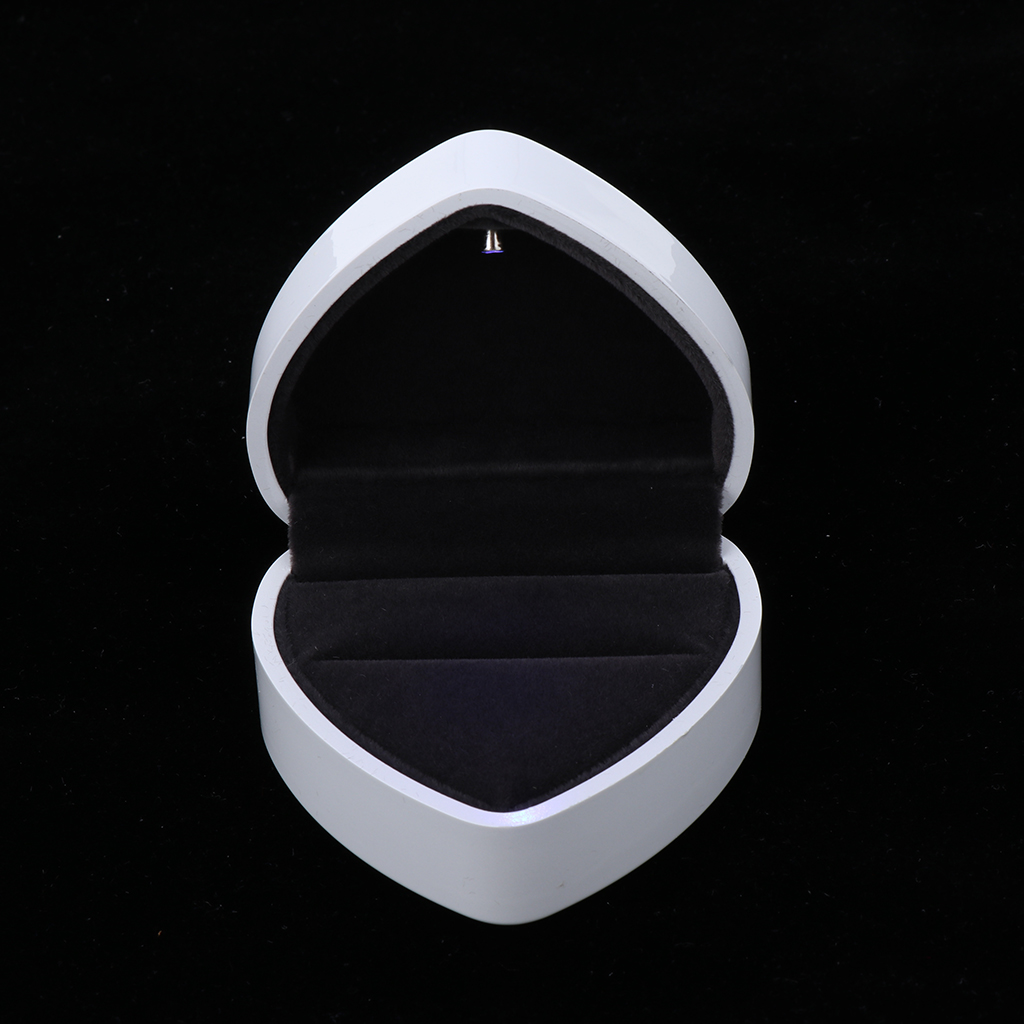 Heart Shaped Luxury Jewelry Storage Box with LED Spotlight, Hinged Ring Box Pendant Necklace Box