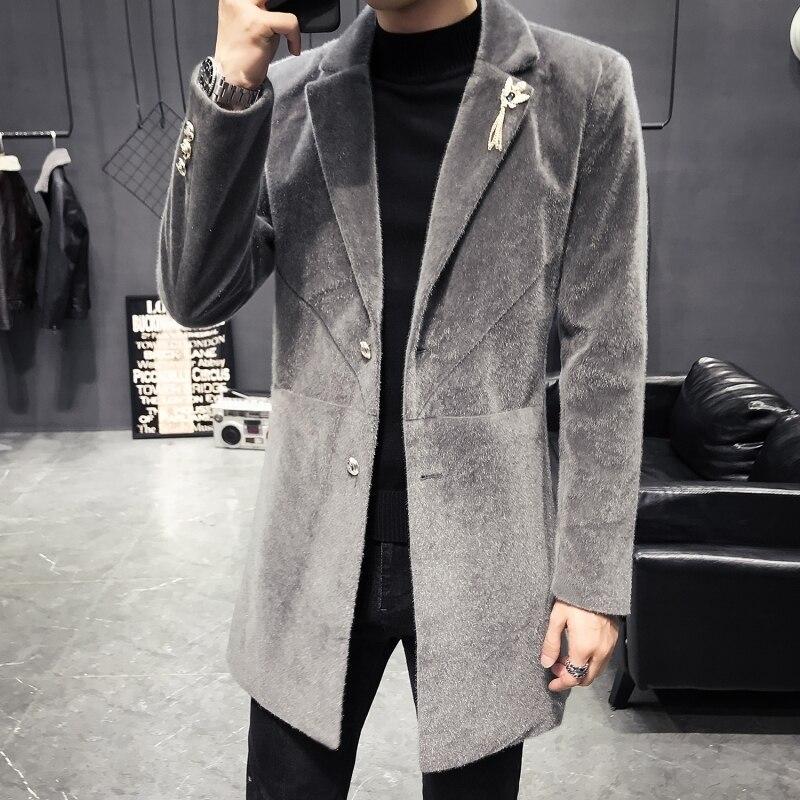 Autumn Winter New Fashion Slim Velvet Coat Men Metal Decoration Single Breasted Warm Blazer Jacket Designer Overcoat Male M-3XL