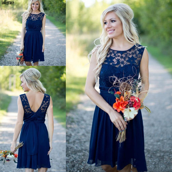 Vestidos de dama de honor estilo Country azul marino corto 2020 gasa encaje barato joya longitud de la rodilla sin respaldo invitado a boda Vestido