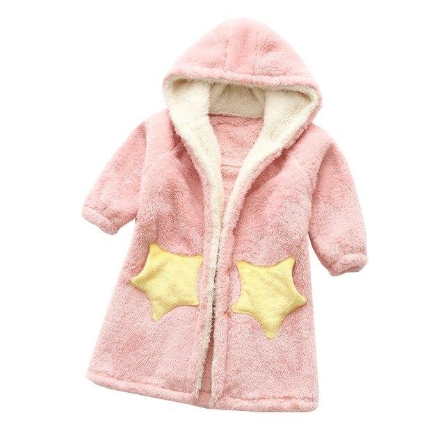 Kinder Flanell Bademantel Dusche Mädchen Korallen Fleece Pyjamas Nachtwäsche Baby Jungen Winter Mit Kapuze Handtuch Roben Jugendliche Pyjamas Warme Nachthemd