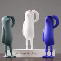 Nordic Obeisance Penguin Abstraction Resin Craftwork Creative Simulation Animal Figurines Coffee Shop Entryway Ornaments X2988