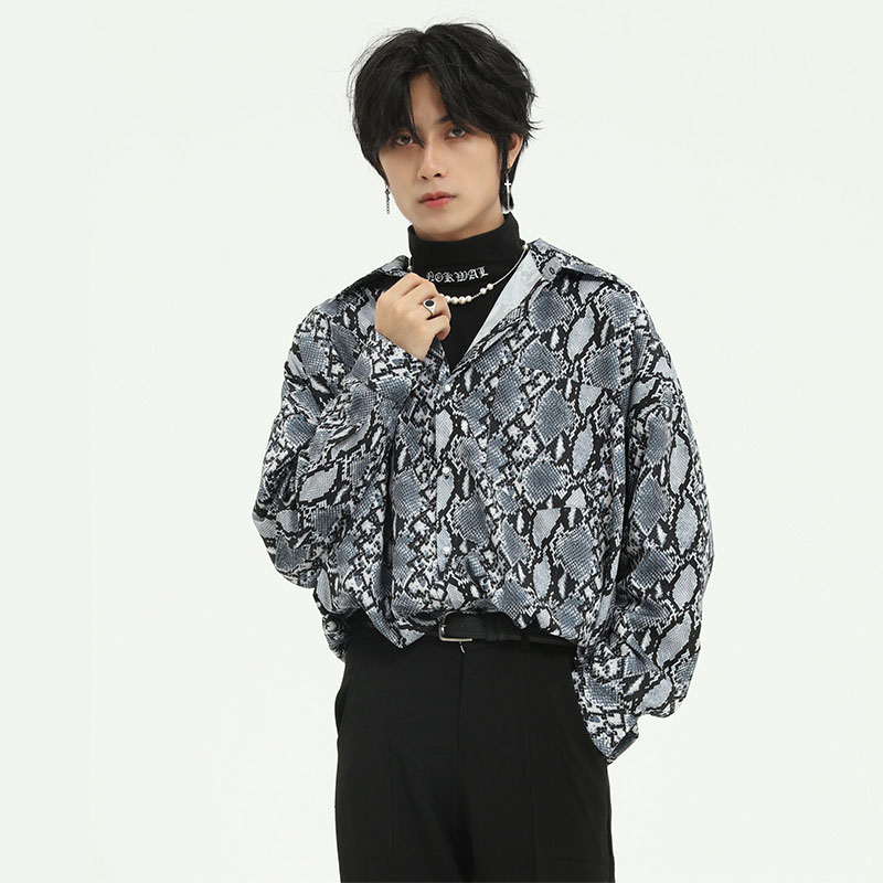 Men Snakeskin Pattern Casual Loose Long Sleeve Shirt Male Women Vintage Fashion Japan Korea Style Streetwear Shirt Couple Shirt