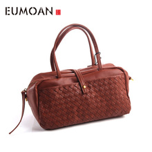 AETOO Europe and the United States Japan fashion hand - woven handbag leather retro simple shoulder Messenger bag