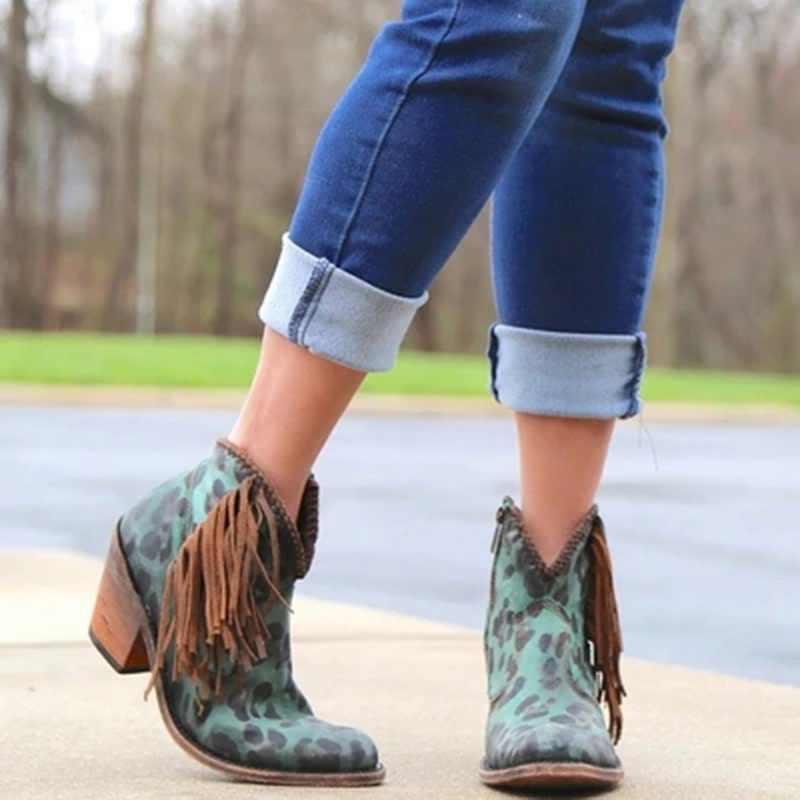 MoneRffi bayan leopar püskül yan Zip kalın parti ayakkabıları elbise ayak bileği yüksek saçak topuk ayakkabı yarım çizmeler bayan kısa patik