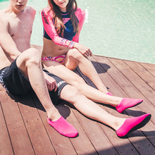 Fashion Unisex Outdoor Beach Sandals Soft Plush Slides Flats Non-Slip Shoes Slippers Summer Swimming Water Breathable Shoes