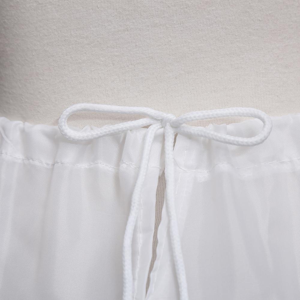 Детская кружевная юбка трапеция однослойная с цветочной отделкой