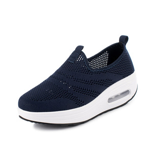 Image 2 - COWCOM Drop Sale  Spring Cushion Thick Bottom Flying Weaving Hollow Breathable  Leisure Sports WADDLE Shoes Female Hair CYL 2008
