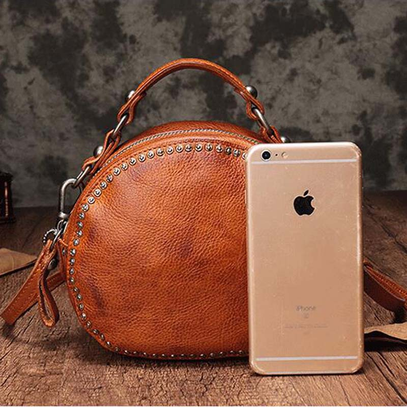 BJYL The first layer of leather handbags new leather rivet pouch retro bills shoulder slung small round bag female - 2