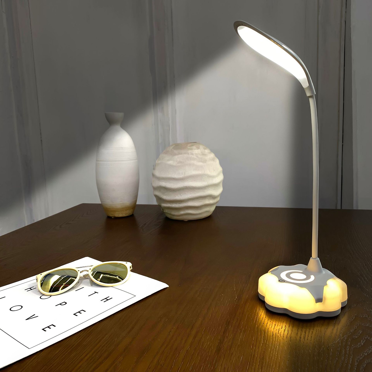 Clip led Table Lamp Study 5W Touch USB Rechargeable LED Reading Desk Lamp 5500K-6000K USB Table Light Dimmable Table Lamp