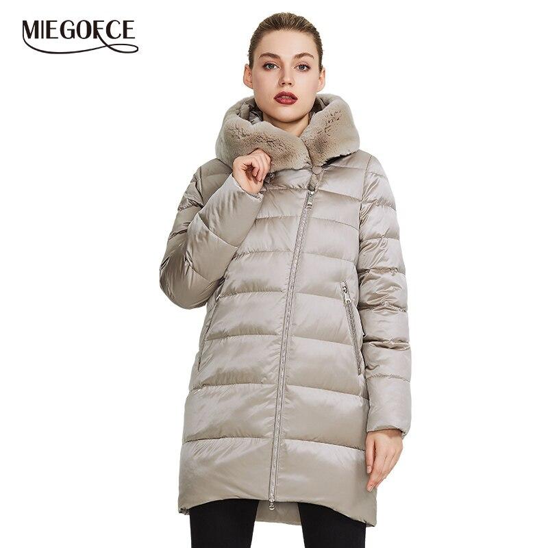 Miegofce 2019 coleção feminina inverno quente casaco casaco de inverno à prova de vento gola com capuz e pele de coelho parka